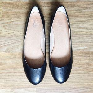Dr. Scholl's Black Leather Ballet Flats